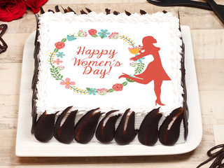 Square Shaped Women's Day Cake