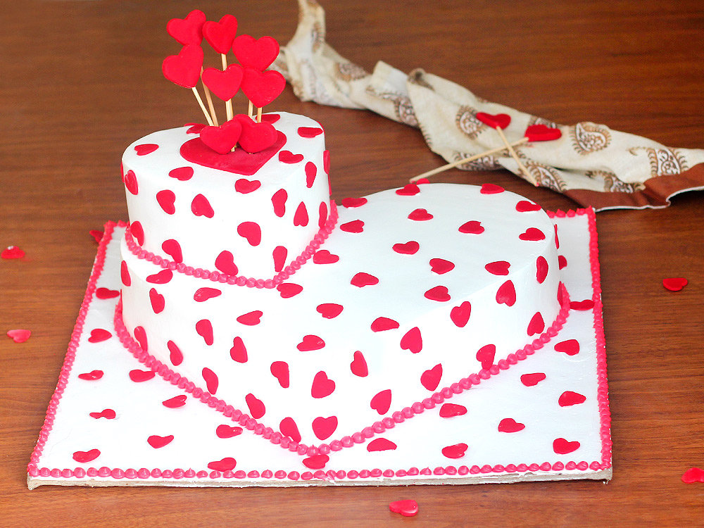 2 Tier Heart Shaped Party Cake