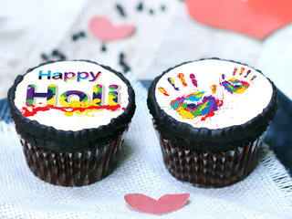 Holi Chocolate Special Poster Cupcakes