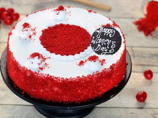 Round Shaped Red Velvet Cake