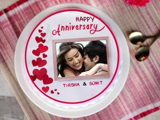 Round Shape Anniversary Photo Cake
