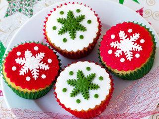 Christmas Star Vanilla Fondant Cupcake