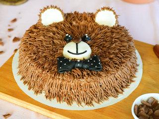 Bear Cream Cake