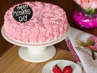 Order Strawberry Rose Cake For Mothers Day