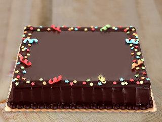 Big Rectangle Cake For Any Celebration