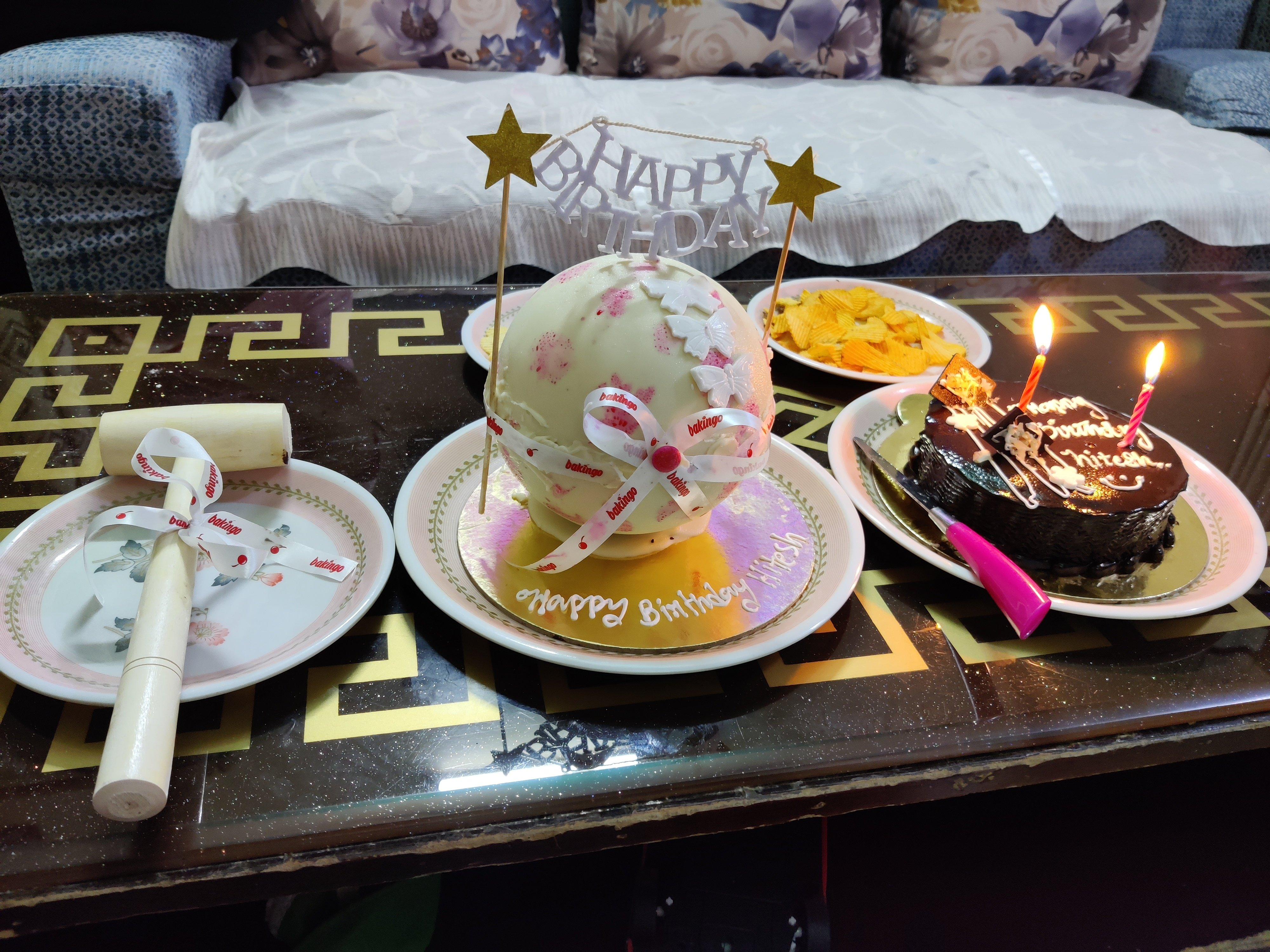 Pinata Ball Cake