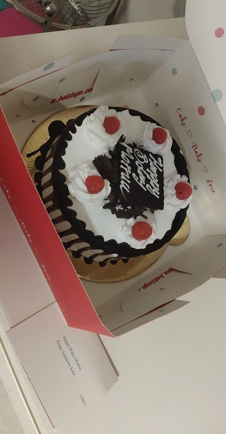 Blackforest Cake With Cherries
