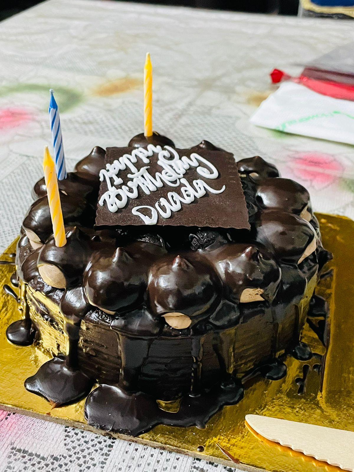 Snicker Fuse Chocolate Cake