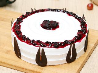 Round Shaped Blueberry Cake