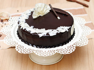 Flamboyant Choco Truffle Cake in Delhi