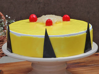 Droolsome Pineapple Cake
