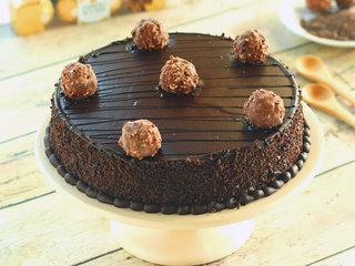 Zoom View of Ferrero Rocher Chocolate Cake in Noida