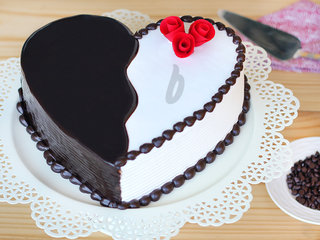 Zoomed View of Heart-Shaped Choco Vanilla Cake