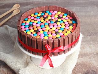 Kitkat Cake N Gems Cake