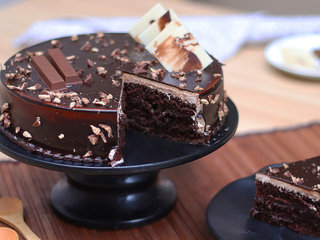 Sliced View of KitKat Chocolate Cake in Hyderabad