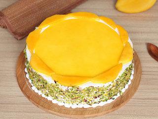 Round Luscious Mango Cake