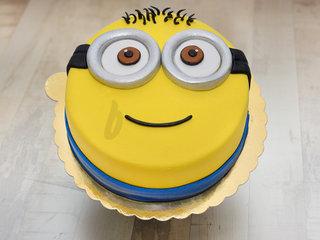 Minion despicable delight - A Minion Theme Cake