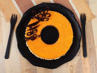 Top View of  Orange Cake N Chocolate Topping