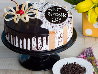 Republic Day Choco Vanilla Cake