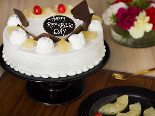 Republic Day Pineapple Cake