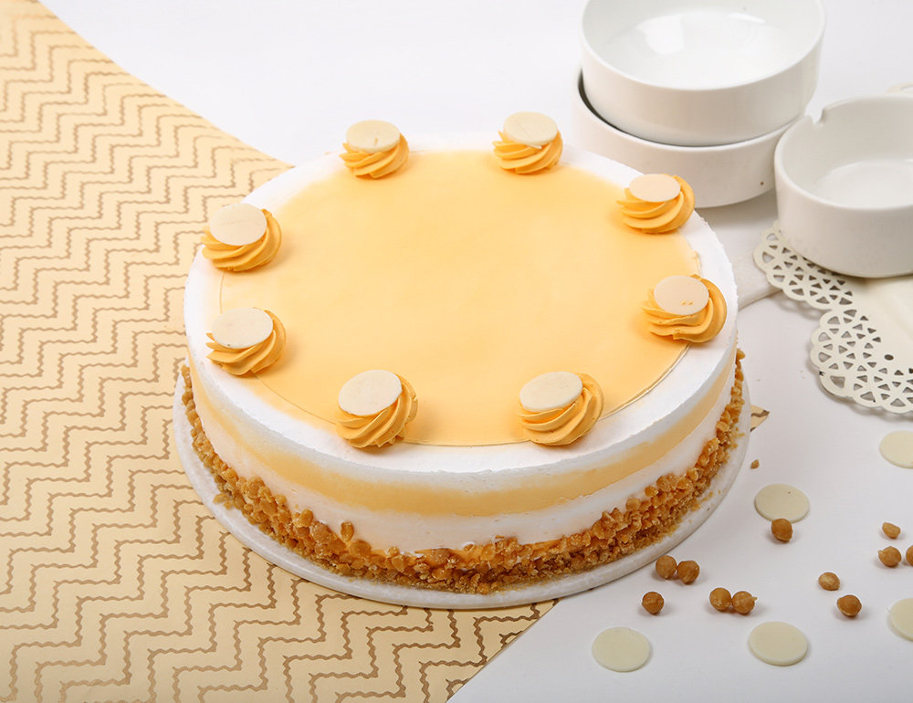 Round Buttery Delight Butterscotch Cake