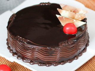 Zoomed View of Lost By The Chocolates - Dark Chocolate Cake