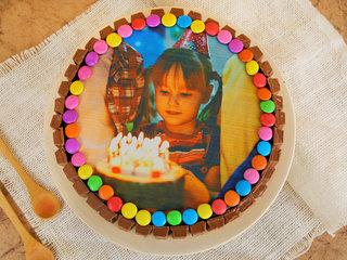 Gemy KitKat Photo Cake