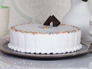 Vanilla Fun - Round Shaped Vanilla Cake in Hyderabad