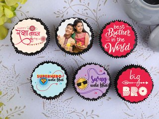 Photo Rakhi Cupcakes