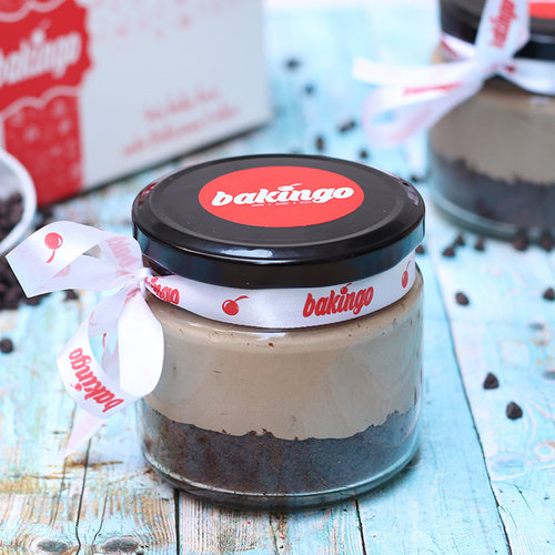 https://media.bakingo.com/sites/default/files/02D-Chocolate Mousse-Jar-Cake_0.jpg