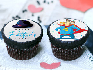 Superhero Fathers Day Cupcakes