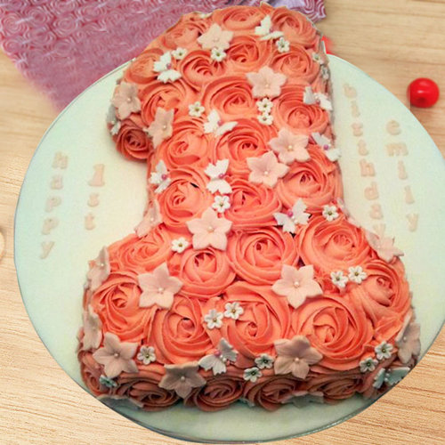 https://media.bakingo.com/sites/default/files/1st-anniversary-party-cream-cake-part1809flav.jpg