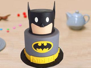 Superhero Batman Cake