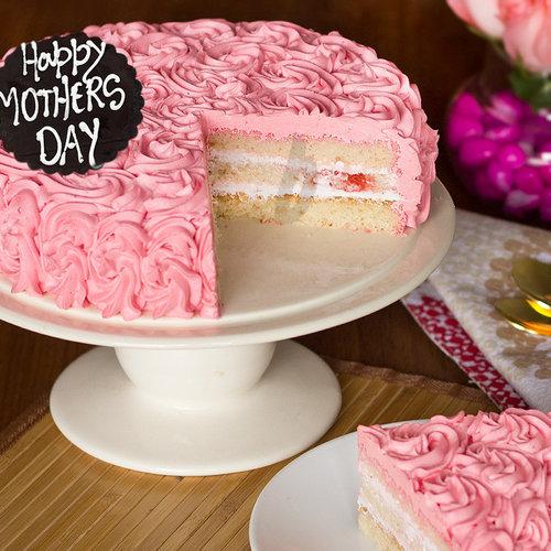 https://media.bakingo.com/sites/default/files/beautiful-dream-a-mothers-day-special-cake-B.jpg