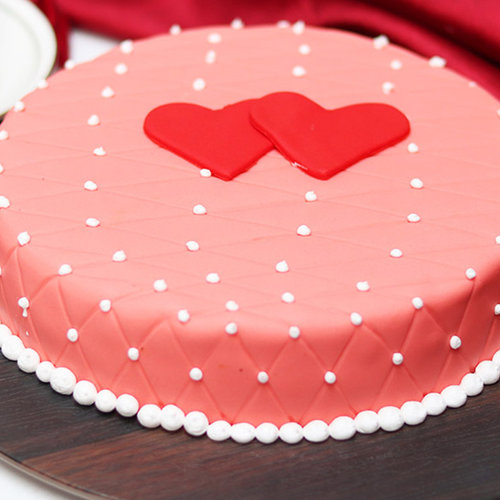 https://media.bakingo.com/sites/default/files/birthday-and-anniversary-fondant-cake-them1753flav-A.jpg