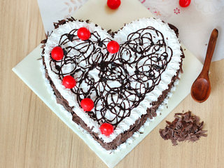 Top view of Heart Shaped Black Forest Delight Cake