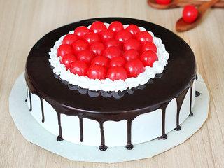 Cherrilicious Twist - A Black Forest Cake