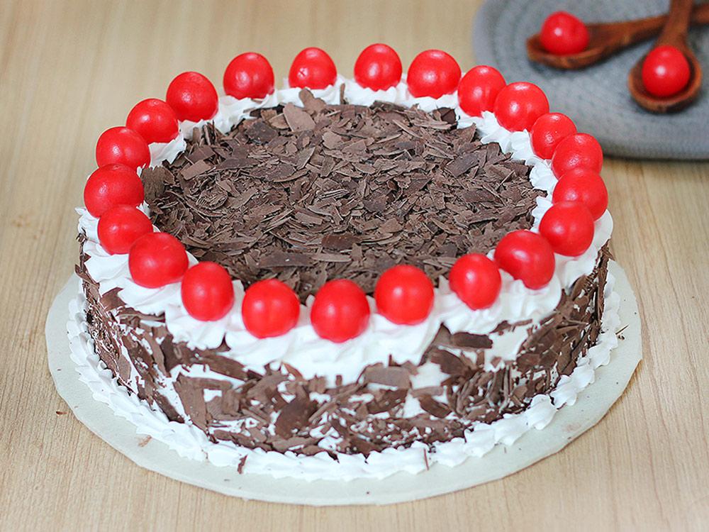 Send Black Forest Round Cake in Gurgaon;Top View of Black Forest Round Cake;Side View of Black Forest Round Cake