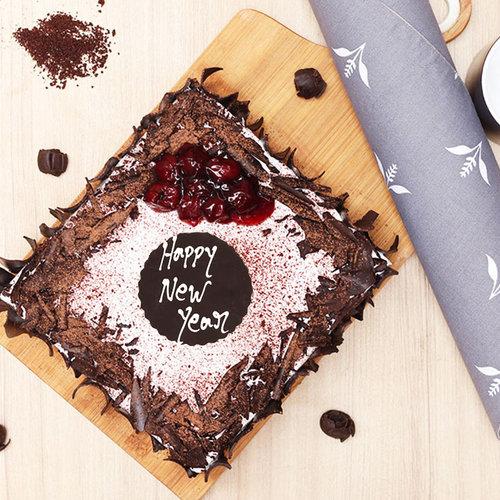 https://media.bakingo.com/sites/default/files/black-forest-vegan-cake-cake1085blac-C.jpg