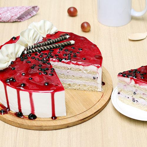 https://media.bakingo.com/sites/default/files/blueberry-cake-1-delhi-cake992blue-C.jpg