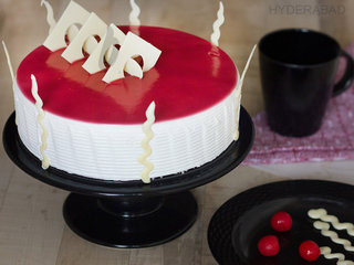 Blueberry Cake Delivery in Hyderabad - Send Online