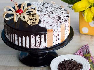 Boss Day Choco Vanilla Cake