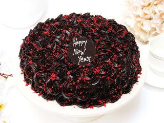 Choco Red Velvet New Year Cake