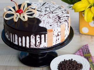 Choco Vanilla Cake Online in Bangalore
