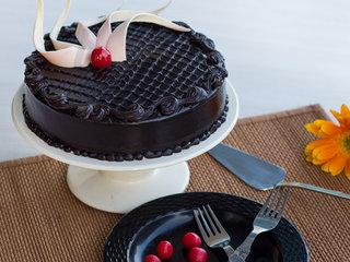 Delectable Truffle - Round Chocolate Truffle Cake