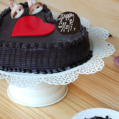 https://media.bakingo.com/sites/default/files/double-heart-choco-truffle-cake-B_2.jpg
