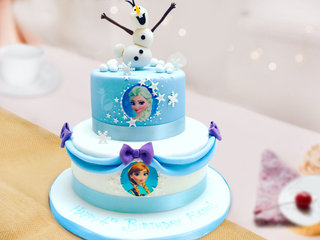 Multi flavored fairytale fantasy fondant cake