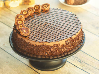 Richy Rich Ferrero Rocher Cake