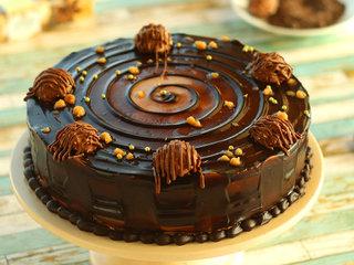 Round Chocolate N Ferreor Rocher Cake in Delhi