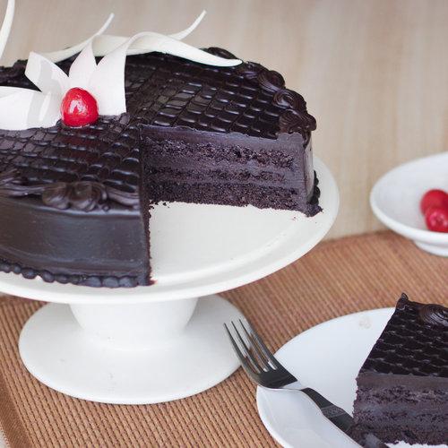 https://media.bakingo.com/sites/default/files/gracious-heaven-a-mothers-day-special-cake-B.jpg